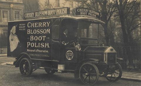 Van For Cherry Blossom Boot Polish